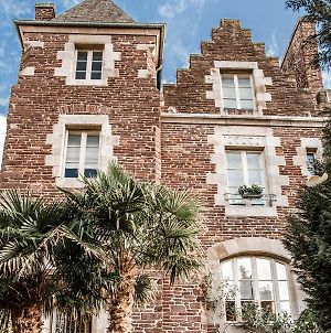 Castel Jolly photos Exterior
