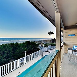 Stylish Oceanfront Getaway - Pool, Steps To Sand Condo photos Exterior