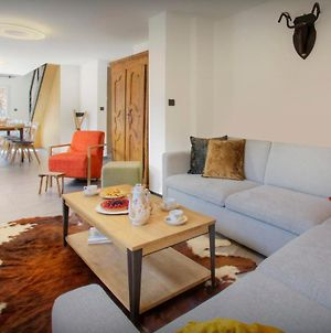 All Season Modern Chalet For 9 La Clusaz With Great Skiing & Mountain Views Games Room & Cosy Seating photos Exterior