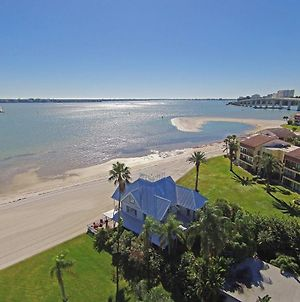 Coastal Treasure - Monthly Beachfront House Home photos Exterior