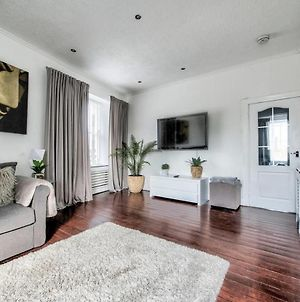 Guestready - Modern 2Br Home On The Royal Mile! 4 Guests photos Exterior