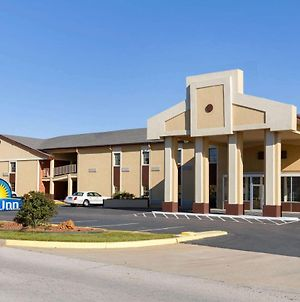 Days Inn By Wyndham Lawton photos Exterior