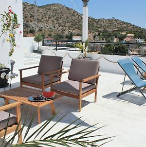 Adelos Apartment With Garden-Terrace Near Vouliagmeni Beach photos Exterior