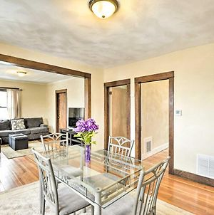 Centrally-Located Apartment About 4 Mi To Campus! photos Exterior