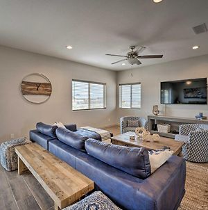 Family-Friendly Home - 2 Mi To Lake Havasu! photos Exterior