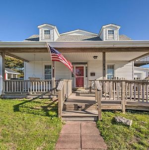 Charming Retreat With Water View, Walk To Downtown photos Exterior