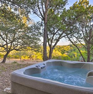 Secluded Cabin Oasis With Hill Country Views! photos Exterior