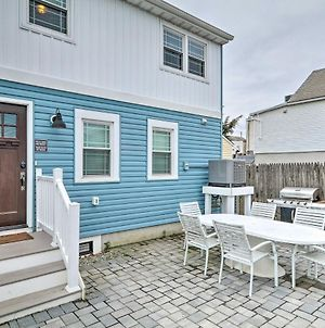 Modern Townhome Walk To Beach, Bars And Eats! photos Exterior