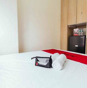 Oyo Urban Deca 316 Edsa Mrt Shaw For Couple Staycation Or Business Trip photos Exterior