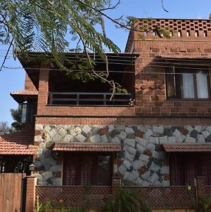 Eco Friendly Brick And Stone Guest Room photos Exterior
