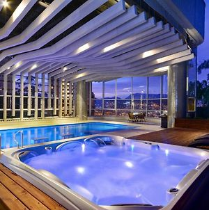 Stunning Penthouse With Indoor Heated Pool photos Exterior