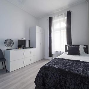 Room With En-Suite In Guest House City Centre -Gare2 photos Exterior