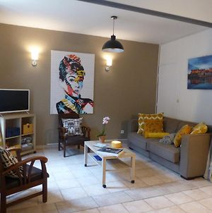 Chez Jean - Superb Air-Conditioned Apartment, 5 Mins From The Castle photos Exterior
