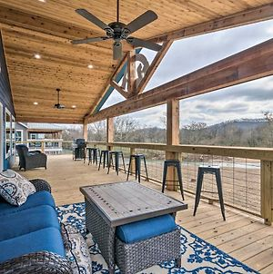 Upscale Riverfront Home With Beach And Fire Pit! photos Exterior