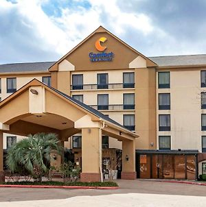 Comfort Inn & Suites Houston I-10 West Energy Corridor photos Exterior