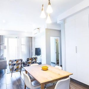 Regency Luxury 2 Bed Apartment With City Views photos Exterior