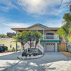 Coastal Getaway - Game Room - Stroll To Beach Home photos Exterior