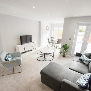 1 Bed Apartment Romford - Hosted By Space Apartments photos Exterior