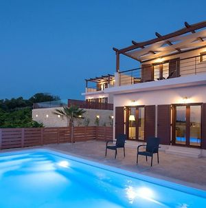 Stylish Hideaway W Pool - Amazing Views & Sunsets photos Exterior