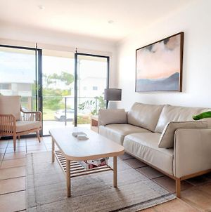 Stones Throw To Shelly Beach Pet Friendly Just 1 Minute To Shelly Beach! photos Exterior