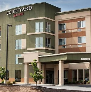Courtyard By Marriott York photos Exterior