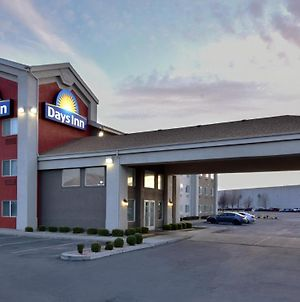 Days Inn By Wyndham Springville photos Exterior