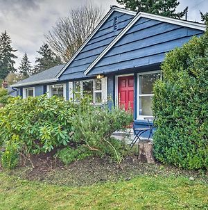 Shoreline Home About 10 Miles To Downtown Seattle! photos Exterior