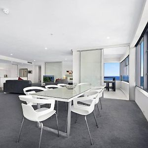 Luxury 3 Bedroom In Heart Of Surfers Paradise photos Exterior