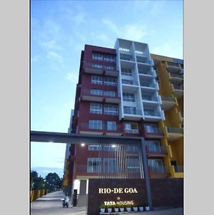 Comfy 1 Bedroom Apartment 15 Mins From Airport. photos Exterior