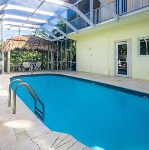 Big Kahuna 5Bed/4Bath Updated Home With Private Pool & Dockage photos Exterior