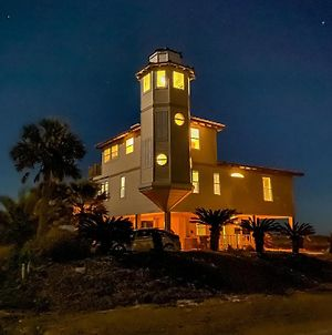 Lighthouse By The Sea photos Exterior