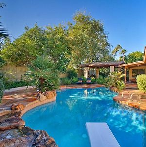Spacious Phoenix Abode With Private Backyard Oasis! photos Exterior
