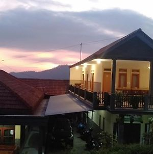 Homestay Anggun Bromo photos Exterior