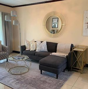 Acres In Fourways - Stunning 2 Bedroom By Ulo photos Exterior