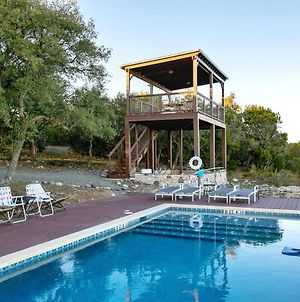 Relax At This Private Ranch With 3 Cabins And Brand New Swimming Pool photos Exterior
