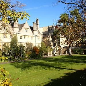 Wadham College photos Exterior
