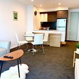 Best Located Brand New Apartment In Canberra Cbd photos Exterior