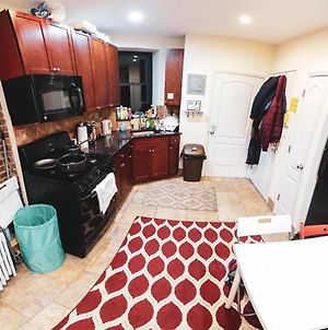 Shared Room In Manhattan Near Times Square photos Exterior