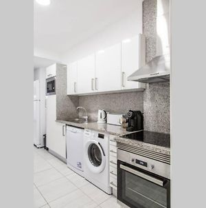 Remodeled Apartment In The City Center. photos Exterior