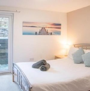 Stunning Refurbished Room - Private Patio! - Room 3 photos Exterior
