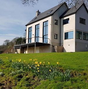 Wales Luxury River House photos Exterior