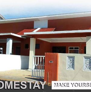 Ummi Homestay photos Exterior
