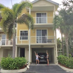 3 Bedroom Cornertownhome On Tampa Bay photos Exterior
