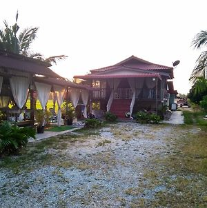 Homestay Bendang Indah photos Exterior