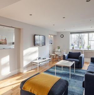 Modern 3Bed-2Bath - Central London - Next To Tube Station photos Exterior