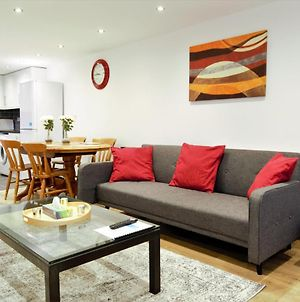 Stylish 2 Bedroom Apartment In The Heart Of Greenwich photos Exterior