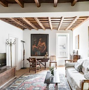 Classic And Chic Apartment In Trastevere photos Exterior