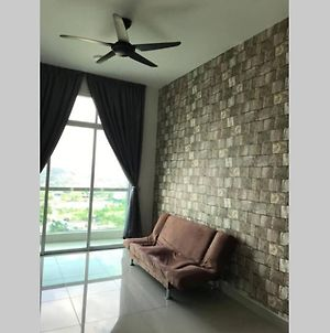 Beautiful Lake House At Kl Selangor photos Exterior