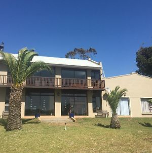 Lawrence House - Living The Breede photos Exterior