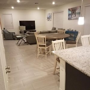 Private Room In Brand New House Near All Attractions photos Exterior